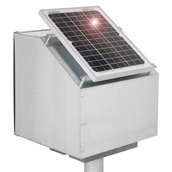 43680-1-boitier-antivol-solaire-12-w-de-voss-farming-pour-cloture-electrique-avec-piquet-support.jpg