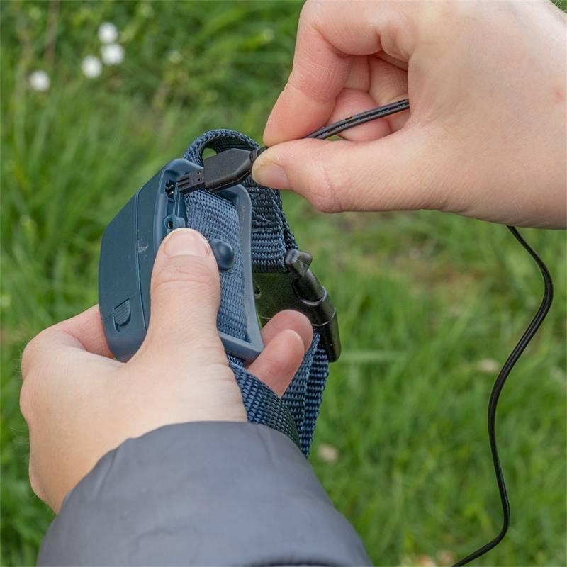 2114-11-collier-anti-aboiements-innotek-by-petsafe-avec-spray-au-citron-ou-sans-odeur.jpg