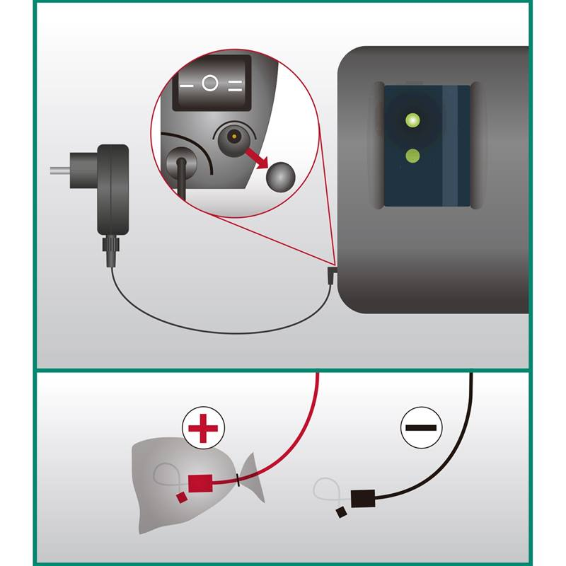 43800.A-7-helos-4-de-voss-farming-electrificateurs-de-12-v-230-v-duo-power.jpg
