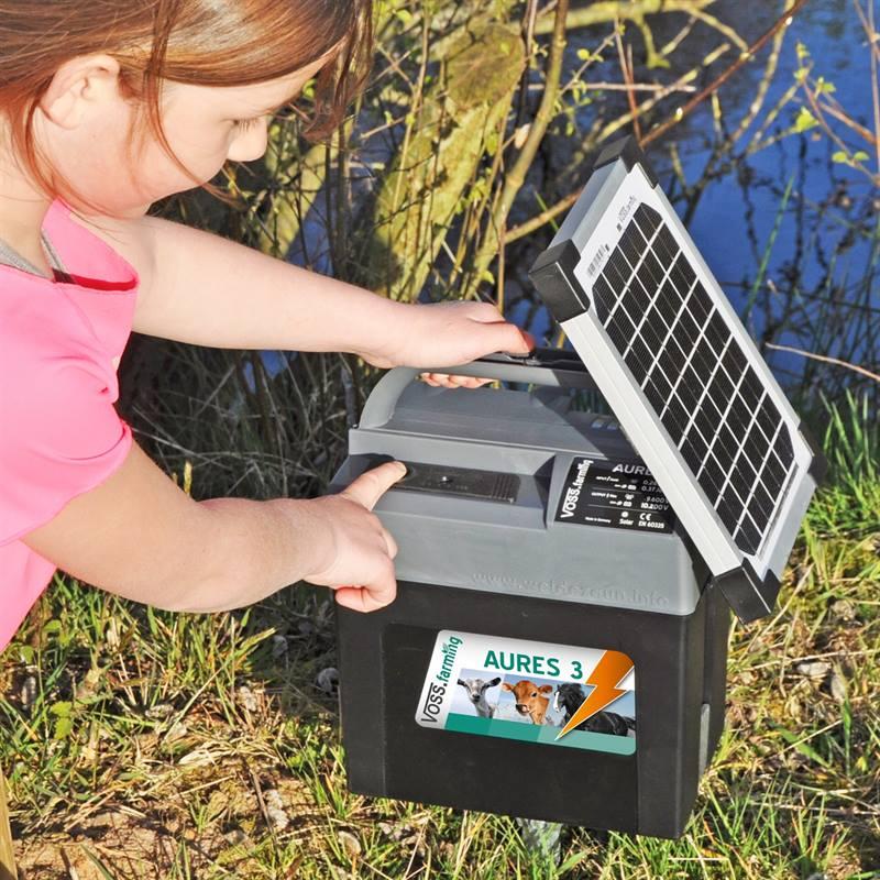 43855-8-electrificateur-aures-3-solar-de-voss-farming-batterie-solaire-5-w.jpg