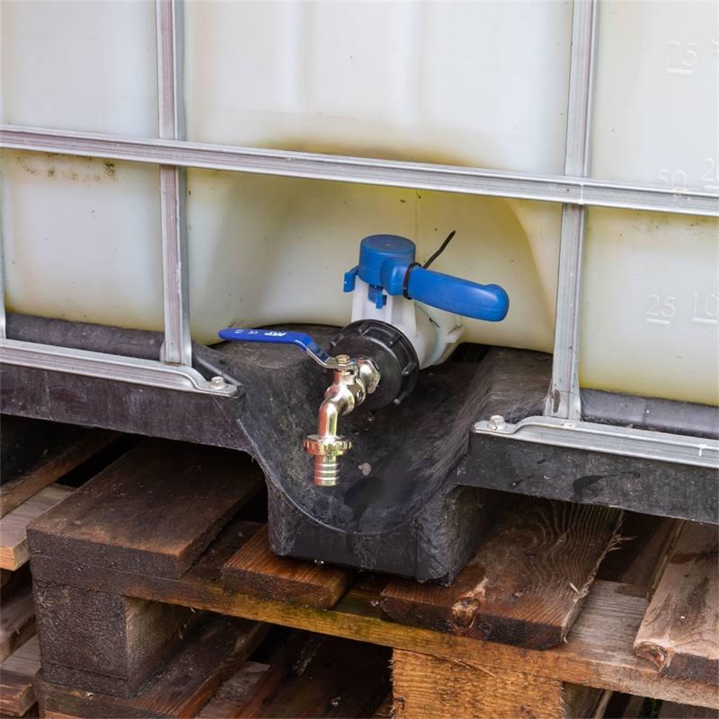 81515-8-robinet-de-raccordement-pour-reservoirs-ibc-avec-raccord-de-tuyau.jpg
