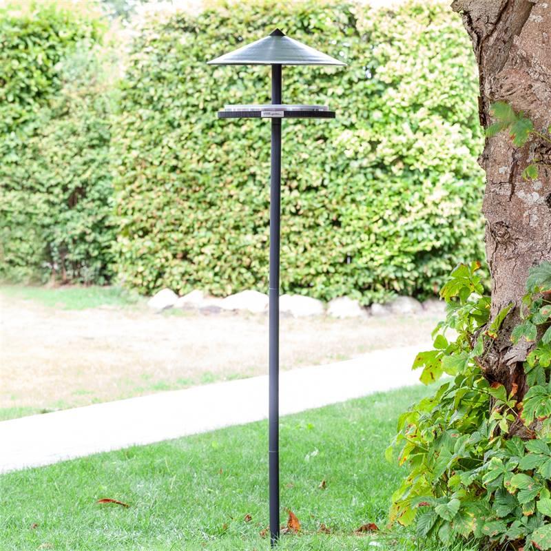 930133-2-skagen-maison-pour-oiseaux-design-elegant-avec-support.jpg