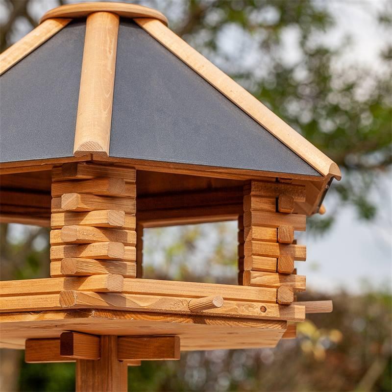 930300-4-tofta-de-voss-garden-maison-pour-oiseaux-de-qualite-superieure-en-bois-avec-toit-en-metal.j